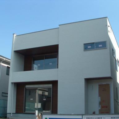 LTみよし分譲住宅の施工状況(外壁:防火サイディング施工、内部造作完了)